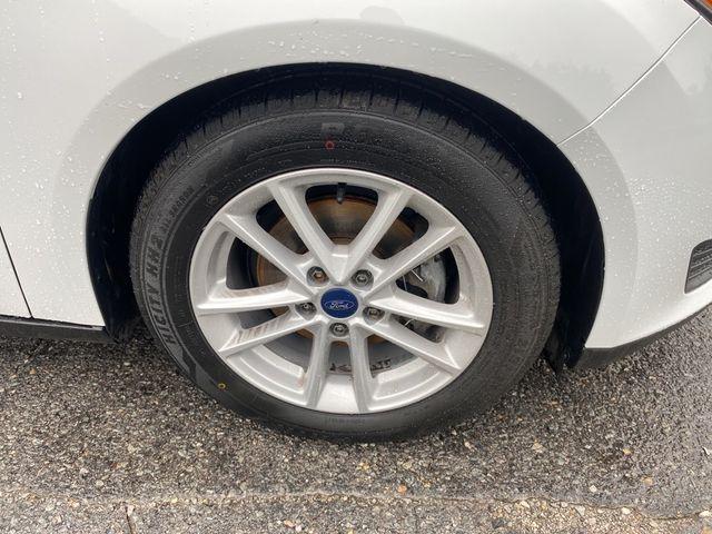 2017 Ford Focus SE Madison, NC 8