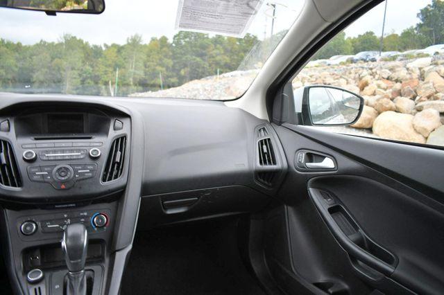 2017 Ford Focus SE Naugatuck, Connecticut 14