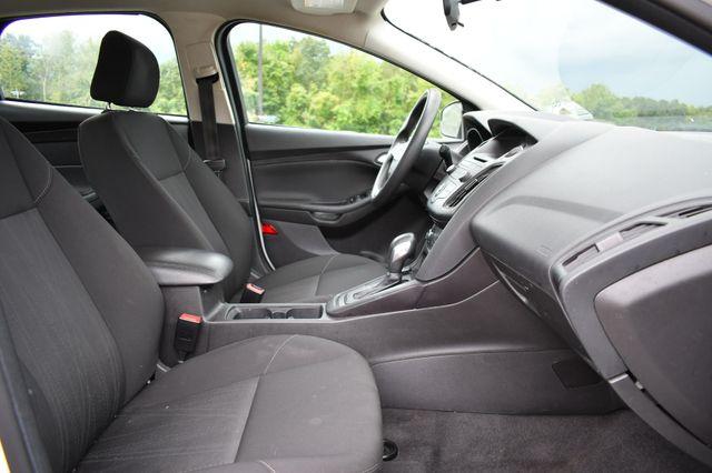 2017 Ford Focus SE Naugatuck, Connecticut 9