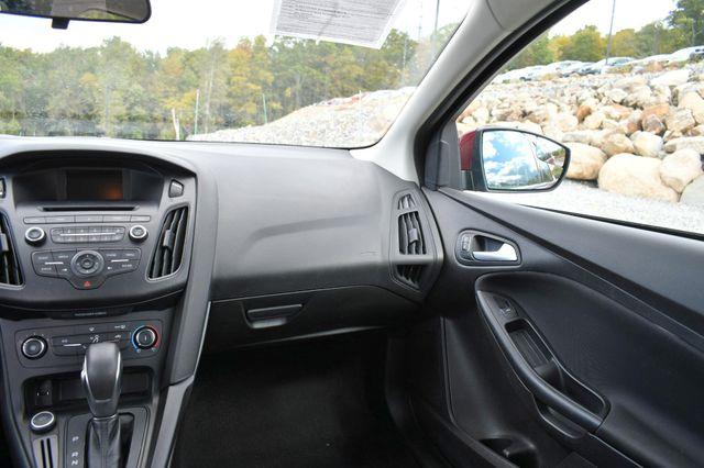 2017 Ford Focus SE Naugatuck, Connecticut 13