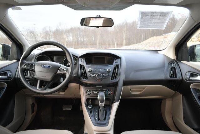 2017 Ford Focus SE Naugatuck, Connecticut 16
