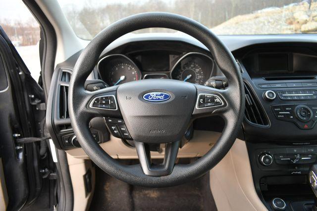 2017 Ford Focus SE Naugatuck, Connecticut 19