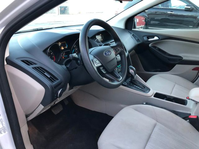 2017 Ford Focus SE Osseo, Minnesota 8