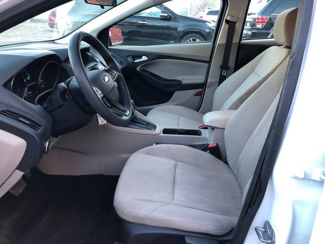 2017 Ford Focus SE Osseo, Minnesota 10