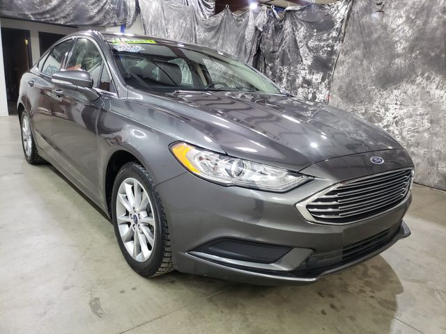 2017 Ford Fusion SE 10/200K mile warranty included in Dickinson, ND 58601