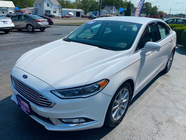 2017 Ford Fusion SE *SOLD