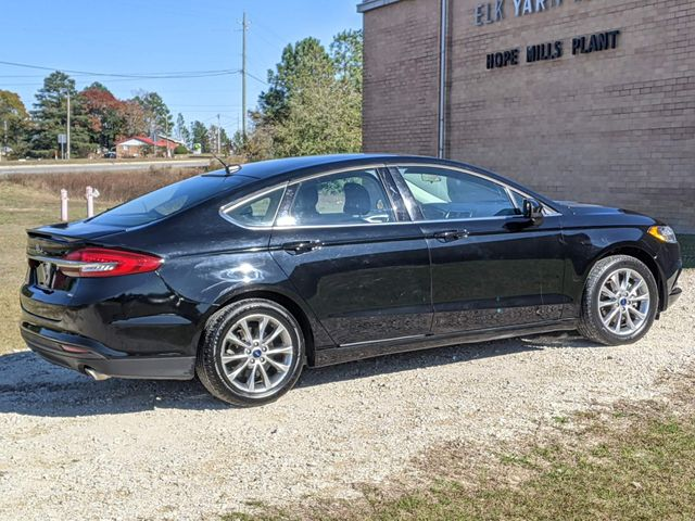 2017 Ford Fusion SE in Hope Mills, NC 28348