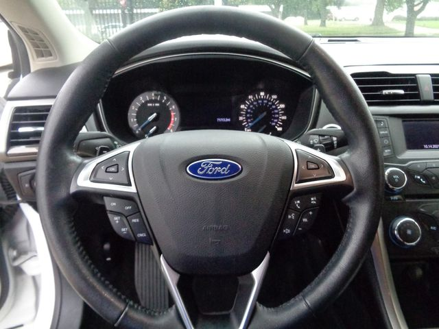 2017 Ford Fusion SE in Houston, TX 77075
