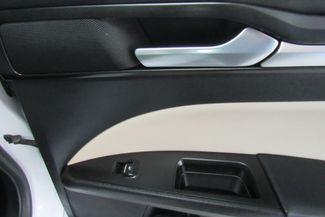 2017 Ford Fusion Hybrid titanium W/ BACK UP CAM Chicago, Illinois 13