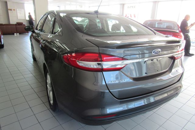 2017 Ford Fusion Hybrid SE W/ BACK UP CAM Chicago, Illinois 4