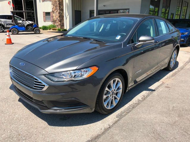 2017 Ford Fusion Hybrid SE in Gower Missouri, 64454