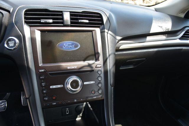 2017 Ford Fusion Hybrid Titanium Naugatuck, Connecticut 18