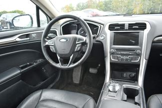 2017 Ford Fusion Hybrid SE Naugatuck, Connecticut 11