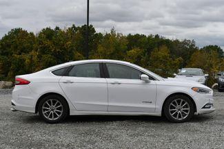 2017 Ford Fusion Hybrid SE Naugatuck, Connecticut 5