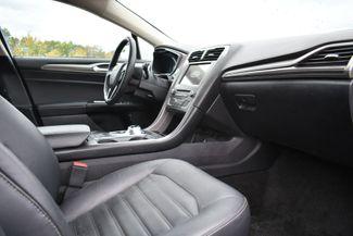 2017 Ford Fusion Hybrid SE Naugatuck, Connecticut 8
