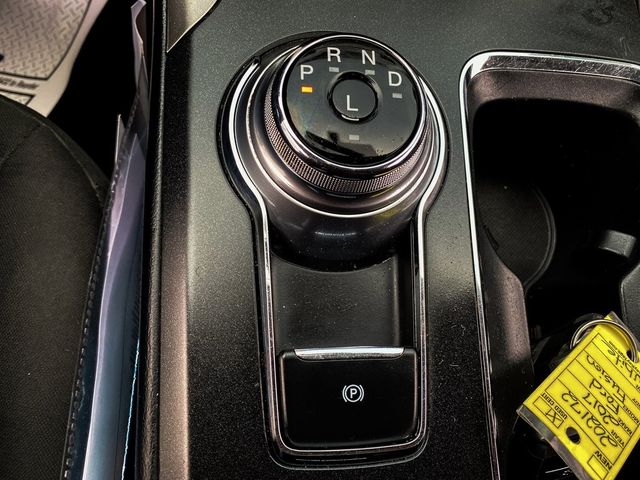 2017 Ford Fusion SE Madison, NC 32