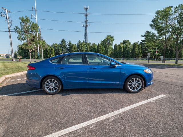 2017 Ford Fusion SE with a 6 month 6000 miles warranty Maple Grove, Minnesota 9