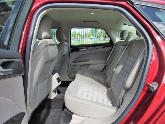2017 Ford Fusion SE Miami, Florida 10