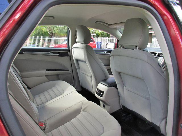 2017 Ford Fusion SE Miami, Florida 12