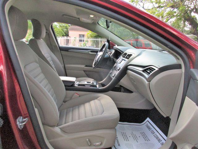 2017 Ford Fusion SE Miami, Florida 14