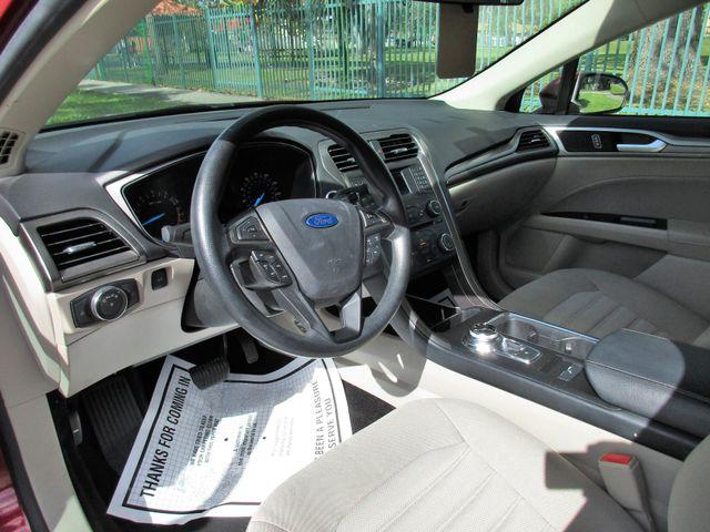 2017 Ford Fusion SE Miami, Florida 7