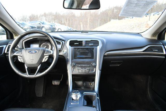 2017 Ford Fusion SE Naugatuck, Connecticut 12