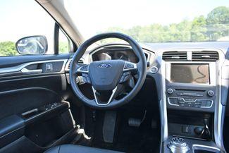 2017 Ford Fusion SE AWD Naugatuck, Connecticut 15