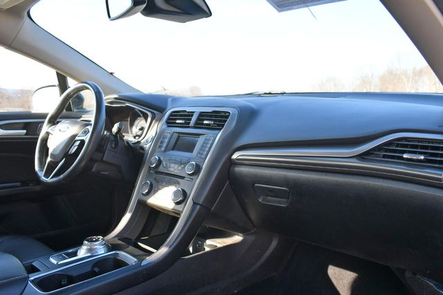 2017 Ford Fusion SE Naugatuck, Connecticut 8