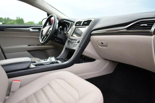 2017 Ford Fusion SE AWD Naugatuck, Connecticut 10