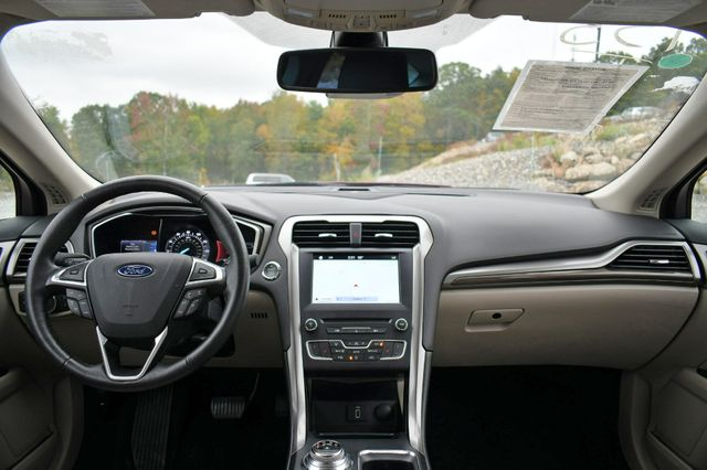 2017 Ford Fusion SE AWD Naugatuck, Connecticut 18