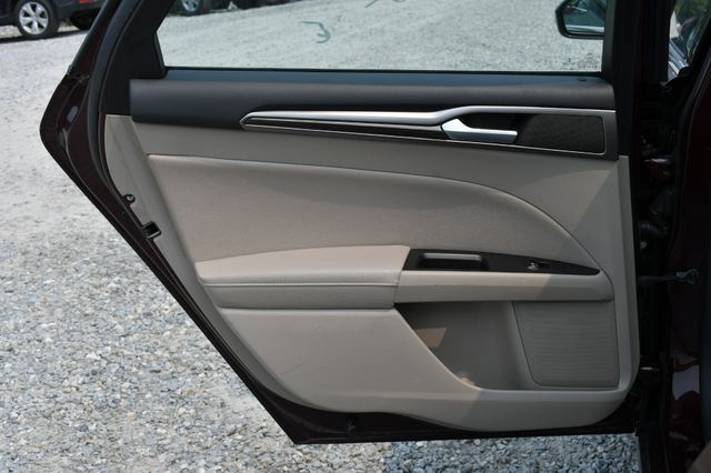 2017 Ford Fusion SE AWD Naugatuck, Connecticut 14
