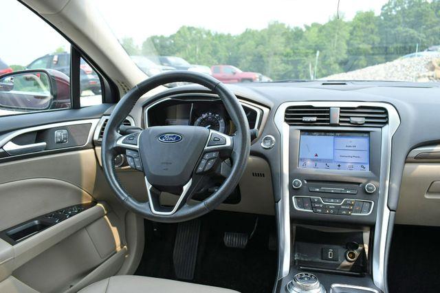 2017 Ford Fusion SE AWD Naugatuck, Connecticut 17