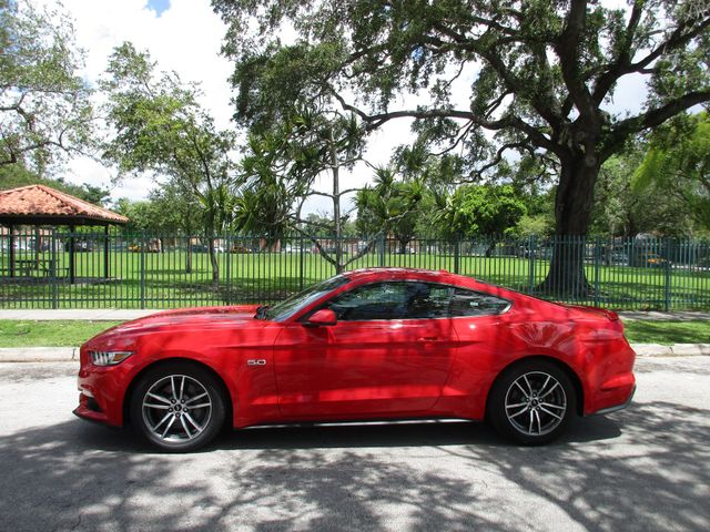 2017 Ford Mustang GT Miami, Florida 1
