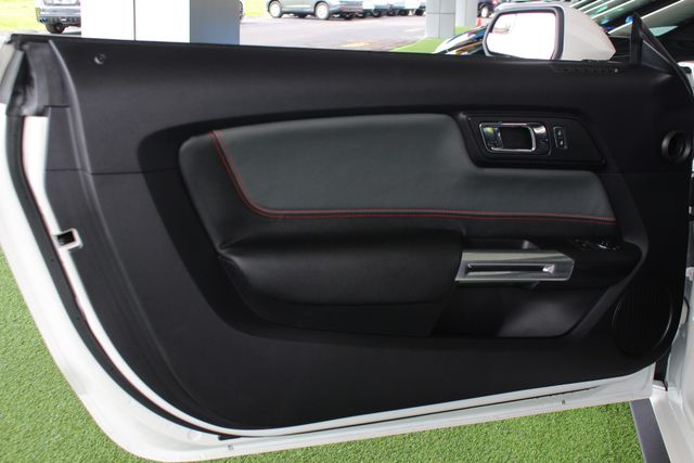 2017 Ford Mustang GT PERFORMANCE PKG - LEATHER - ONE OWNER! Mooresville , NC 43