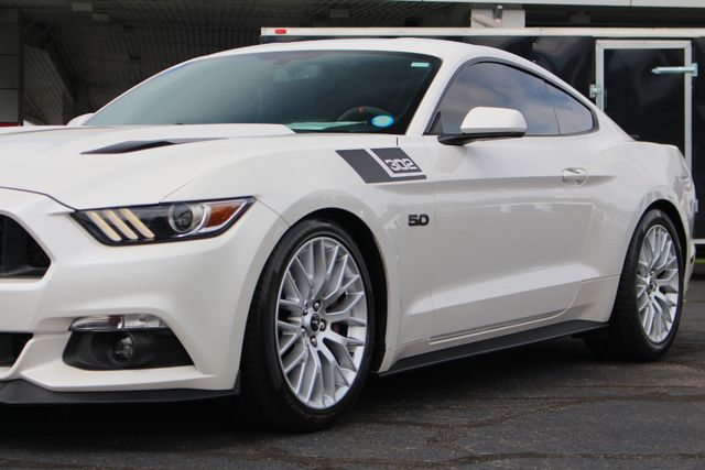 2017 Ford Mustang GT PERFORMANCE PKG - LEATHER - ONE OWNER! Mooresville , NC 27