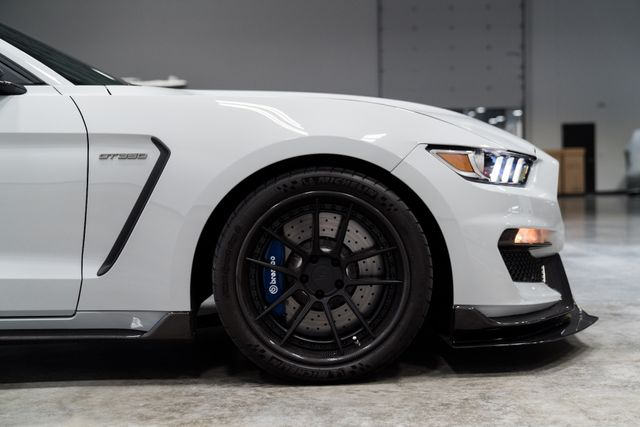 2017 Ford Mustang Shelby GT350 in Orlando, FL 32808