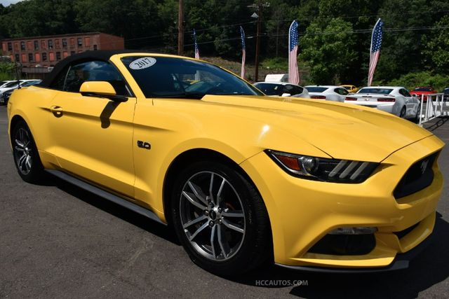 2017 Ford Mustang GT Premium Waterbury, Connecticut 40