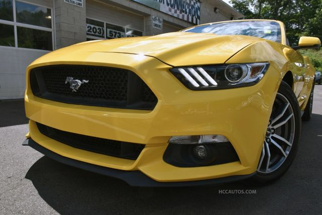 2017 Ford Mustang GT Premium Waterbury, Connecticut 4