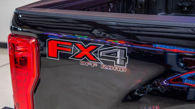 2017 Ford Super Duty F-250 Lariat 4x4 in Addison, Texas 75001