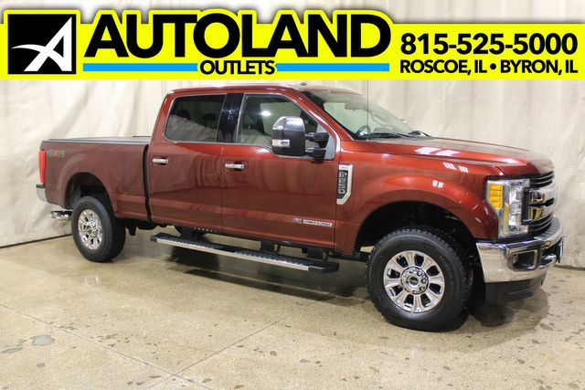 2017 Ford Super Duty F-250 Diesel 4x4 XLT in Roscoe, IL 61073