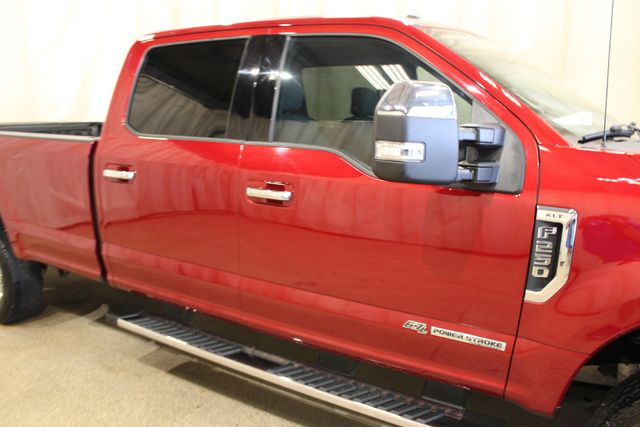2017 Ford Super Duty F-250 Long bed 4x4 Diesel XLT in Roscoe, IL 61073