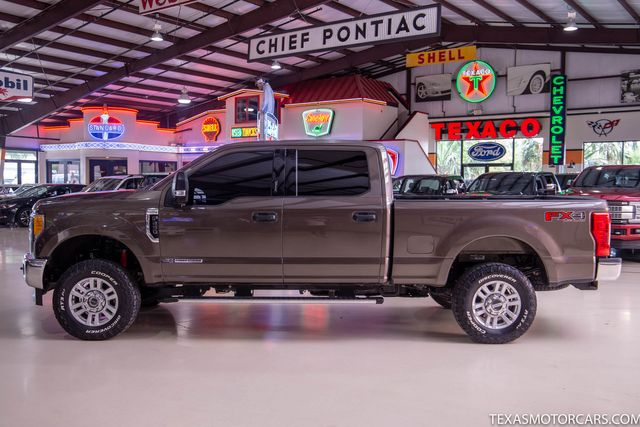 2017 Ford Super Duty F-250 Pickup XLT in Addison, Texas 75001