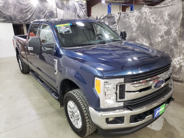 2017 Ford Super Duty F-250 Pickup XLT Crew 6.2 Gas Long Box 4x4 in Dickinson, ND 58601