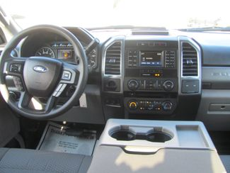 2017 Ford Super Duty F-250 Pickup XLT Dickson, Tennessee 9