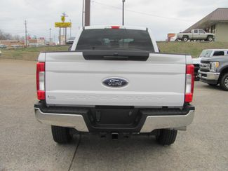 2017 Ford Super Duty F-250 Pickup XLT Dickson, Tennessee 3