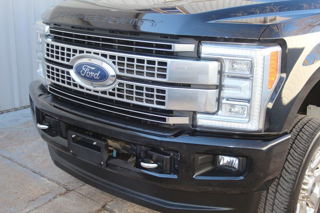 2017 Ford Super Duty F-250 Pickup Platinum with Ultimate PKG Houston, Texas 3
