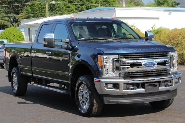 2017 Ford Super Duty F-250 Pickup XLT PREMIUM EDITION Crew Cab Long Bed 4x4 FX4 Mooresville , NC 21