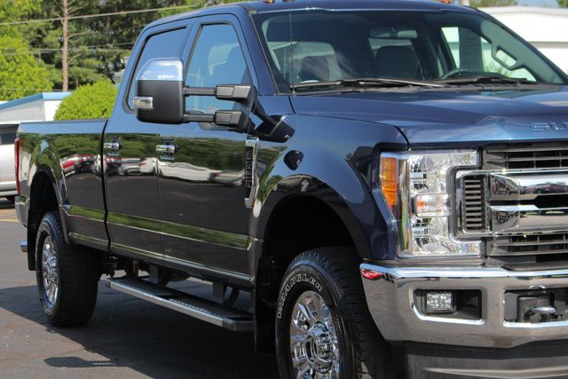 2017 Ford Super Duty F-250 Pickup XLT PREMIUM EDITION Crew Cab Long Bed 4x4 FX4 Mooresville , NC 23