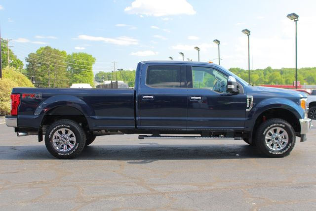2017 Ford Super Duty F-250 Pickup XLT PREMIUM EDITION Crew Cab Long Bed 4x4 FX4 Mooresville , NC 12