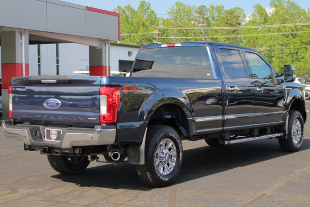 2017 Ford Super Duty F-250 Pickup XLT PREMIUM EDITION Crew Cab Long Bed 4x4 FX4 Mooresville , NC 25